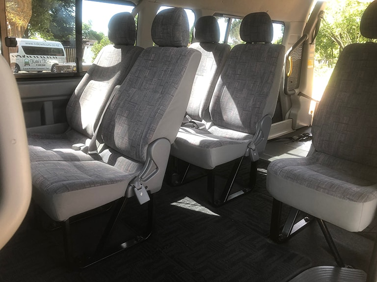 Toyota Hiace – Hoist, Wheelchair Transport